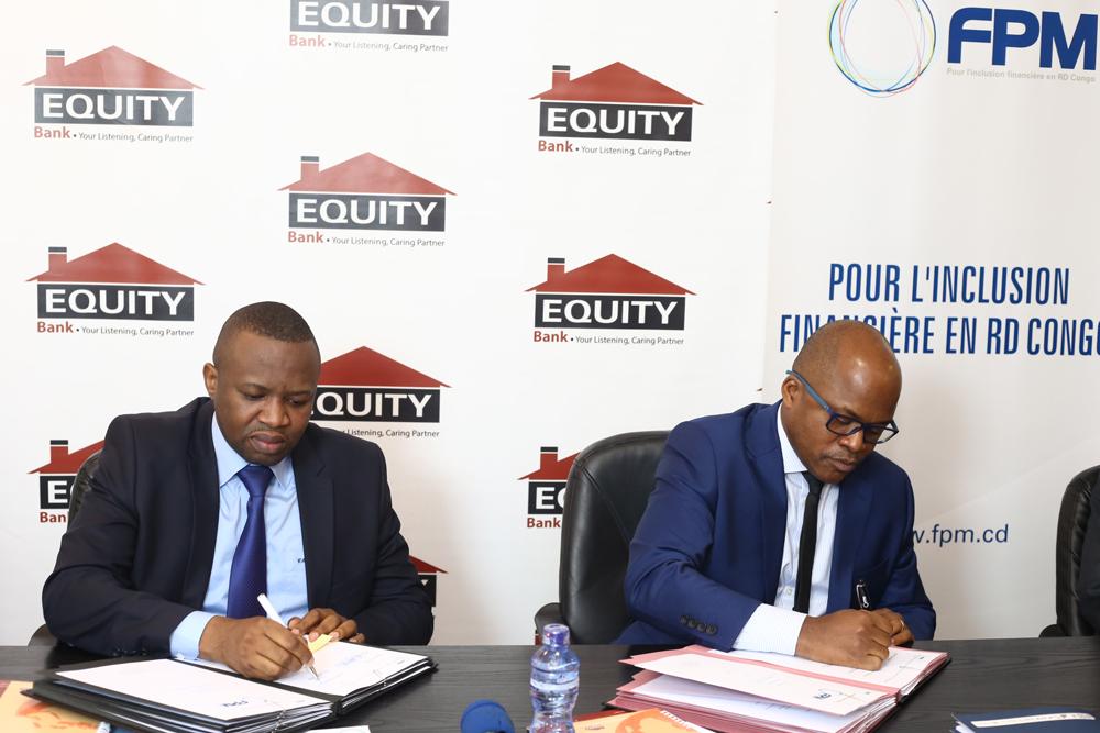 Célestin Mukeba, Directeur Général de Equity Bank Congo et Jean-Claude Thetika, Directeur Général du FPM ASBL
