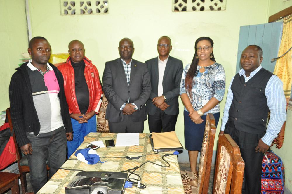 l'équipe dirigeante de la CAMEC Mbanza-Ngungu et l'équipe projet du FPM ASBL