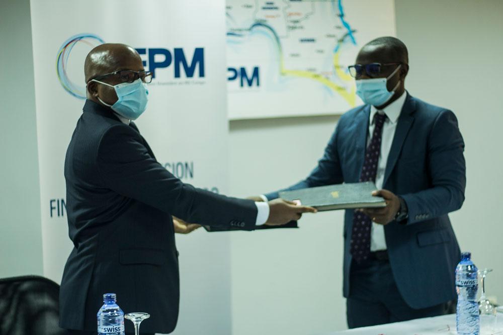 Le FPM ASBL accorde un soutien technique et financier à l'institution de microfinance TUJENGE PAMOJA pour faire face aux conséquences de la crise de la Covid-19