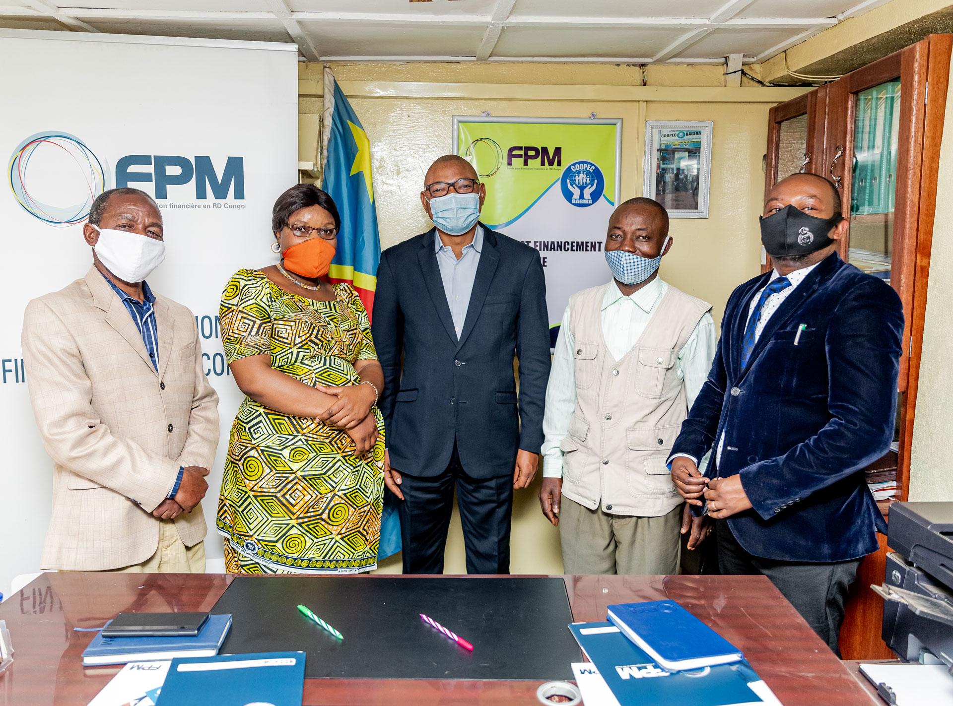 Signature du contrat de financement entre le FPM SA et La COOPEC BAGIRA  le mardi  10 Août 2021 à Bukavu.